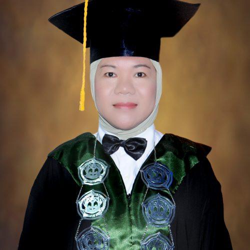 Dr. ELVA SULASTRIANA, M.Pd